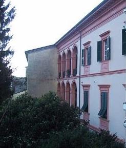 Facciata palazzo Necchi a Pontremoli