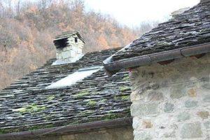 I tetti in piagne: caratteristici nei vecchi edifici in pietra della Lunigiana